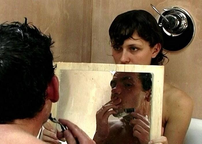 Кадр из фильма «9 песен»./ Фото: collarm.ltalk.ru