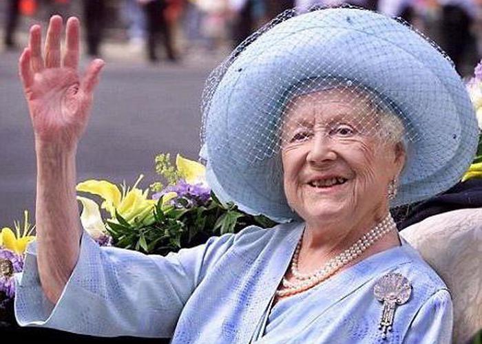 Королева-мать Елизавета./ Фото: allwomanday.ru