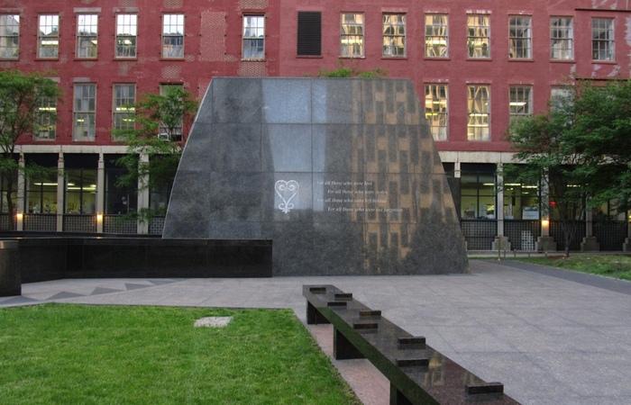 Национальный монумент африканских могил./ Фото: archi.ru