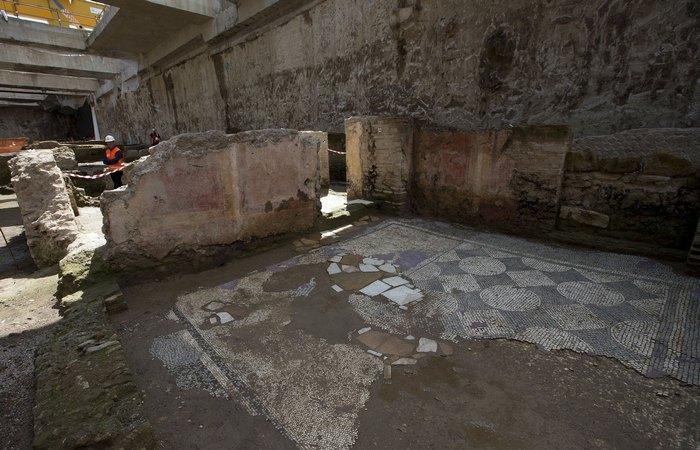 Казармы армии Адриана в Риме./ Фото: bingapis.com