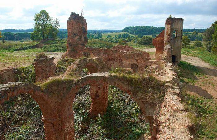 Подземелья Гольшанского замка./ Фото: fotobel.by
