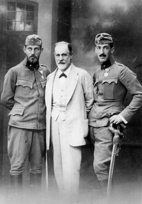 Зигмунд Фрейд с сыновьями Эрнстом и Мартином