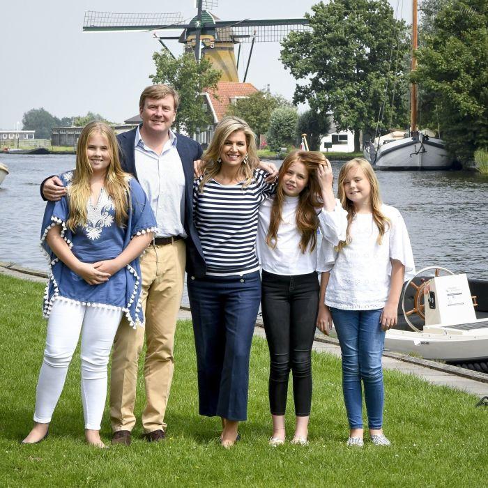 Король Виллем-Александр, королева Максима и три их дочери Катарина-Амалия, Алексия и Ариана. / Фото: East News