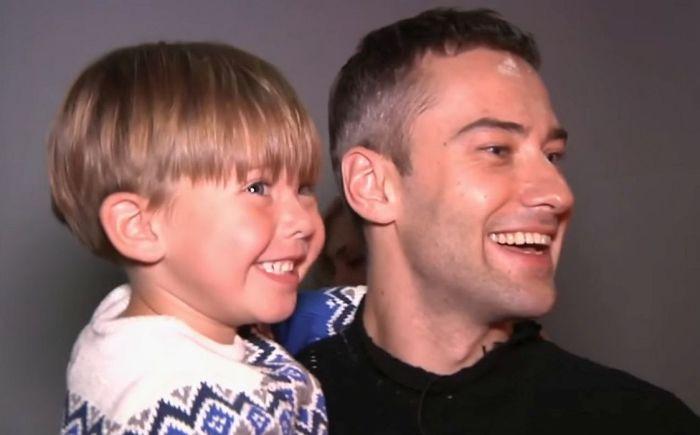 Дмитрий Шепелев с сыном Платоном. / Фото: www.woman.ru