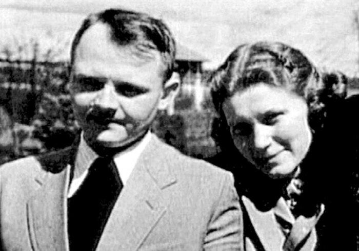 Светлана Сталина и Юрий Жданов. / Фото: www.persons-info.com