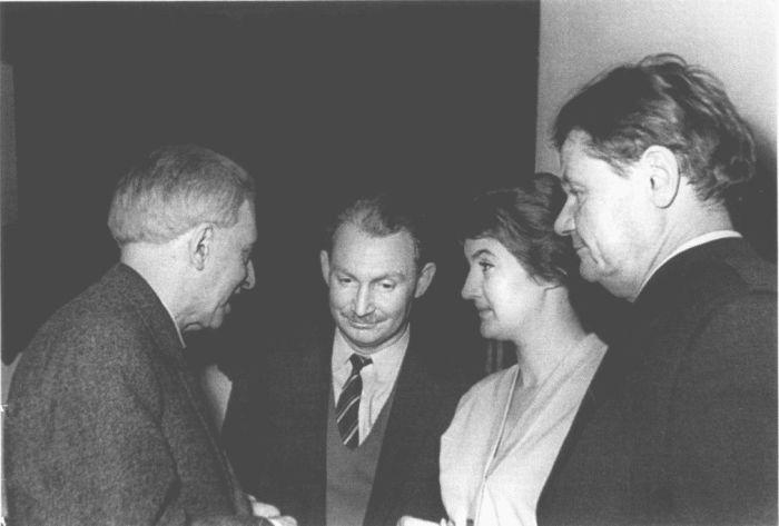 Илья Эренбург, Татьяна Дашковская, Борис Слуцкий, Леонид Мартынов. 1960-е гг.. / Фото: www.rubooks.org