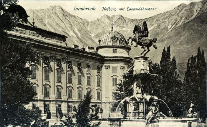 Императорский дворец с фонтаном Леопольда. Инсбрук Австрия, открытка 1910 года. / Фото: www.world4.info