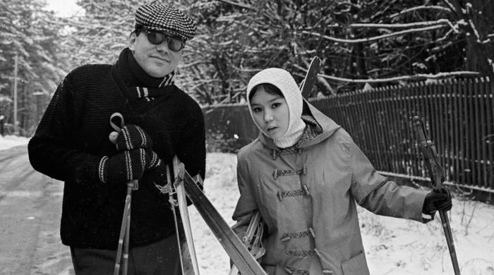 Андрей Кончаловский и Наталья Аринбасарова. / Фото: www.gazeta.ru