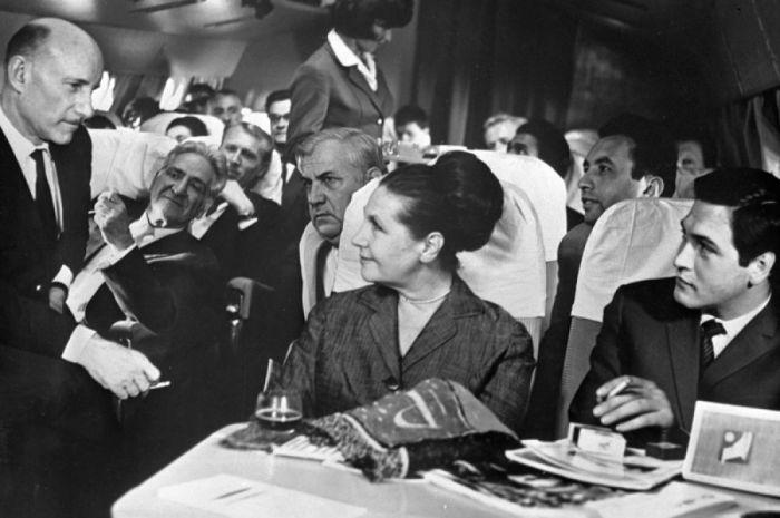 Сергей Герасимов, Тамара Макарова и Юрий Васильев в картине Герасимова «Журналист», 1966 год. / Фото: www.bulvar.com.ua
