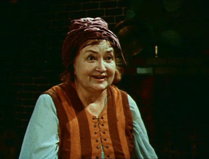 Ольга Викланд, кадр из фильма «Двенадцать месяцев». / Фото: www.kino-teatr.ru
