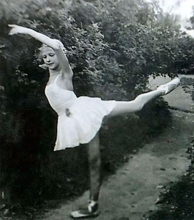 Светлана Дружинина мечтала о балетной карьере. / Фото: www.kp.ru