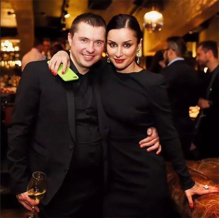 Тина Канделаки и Василий Бровко. / Фото: www.twimg.com