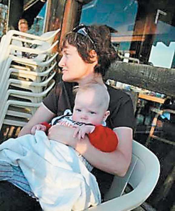 Анастасия Хабенская с сыном. / Фото: www.kp.ru
