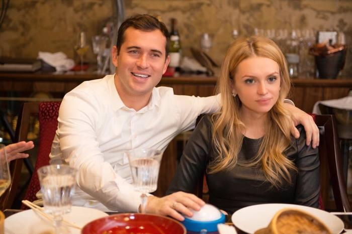 Александр и Милана Кержаковы. / Фото: www.obaldela.ru