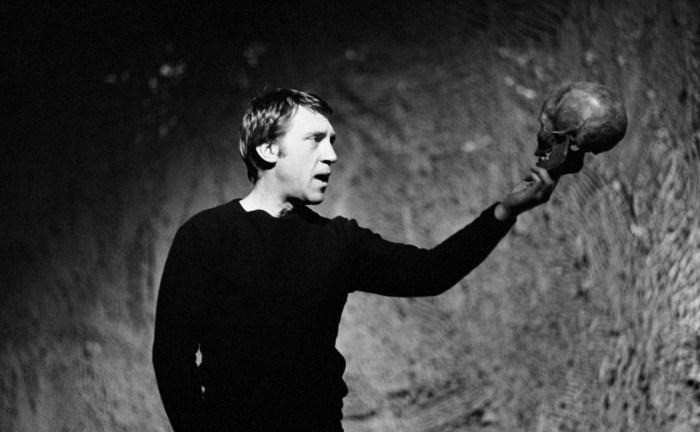 Владимир Высоцкий в роли Гамлета. / Фото: www.2lady.ru