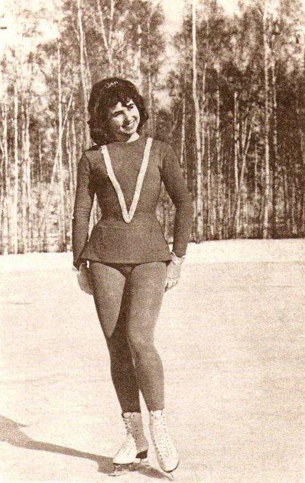 Людмила Пахомова в юности. / Фото: www.etoretro.ru