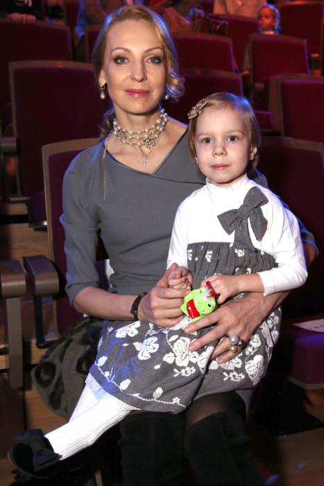 Илзе Лиепа с дочерью. / Фото: www.woman.ru