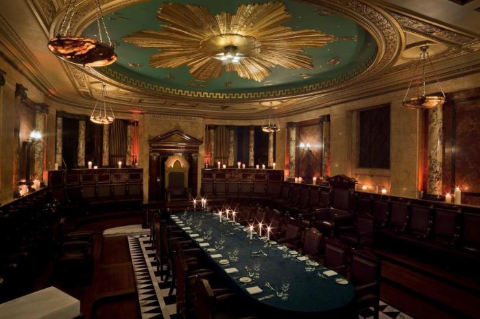 Масонский храм в отеле «Andaz» в Лондоне. / Фото: www.s-ec.bstatic.com