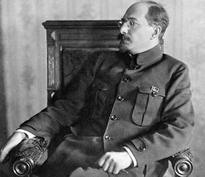 Анатолий Васильевич Луначарский. / Фото: www.vm.ru