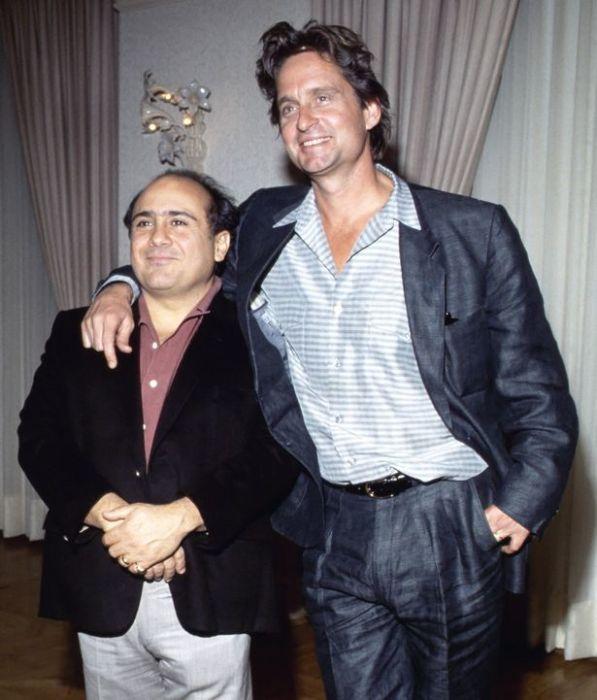 Дэнни Де Вито и Майк Дуглас дружат уже более 50 лет. / Фото: www.throwbacks.com