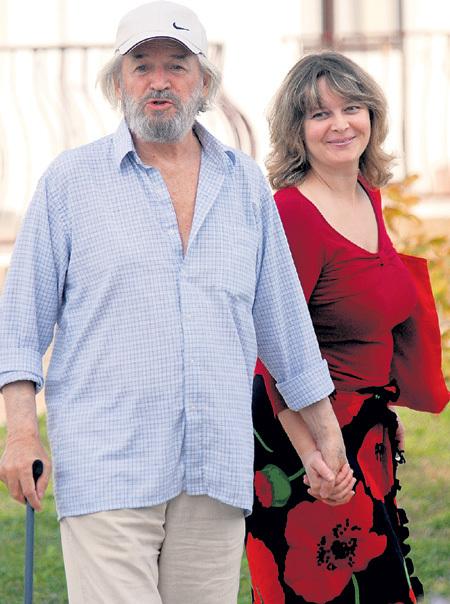 Станислав Любшин с женой Ириной. / Фото: www.skandaly.ru
