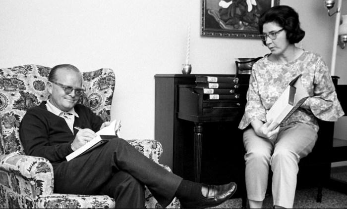 Трумен Капоте и Харпер Ли. / Фото: www.bibliotecaviva.cl