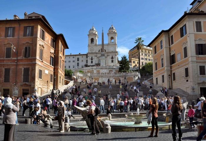 Испанская лестница в Риме. / Фото: www.travelermap.ru