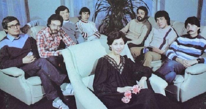 """Роза Рымбаева и ансамбль """"Арай"""". / Фото: www.discogs.com"""