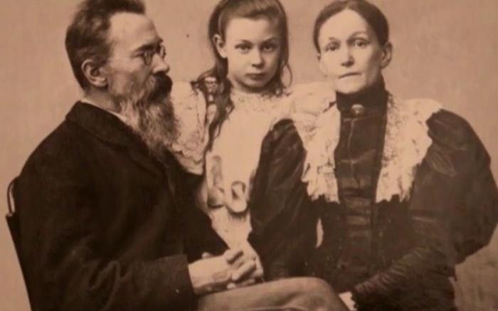 Счастливая семья. / Фото: www.tunnel.ru