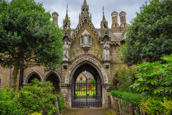 Кладбище Хайгейт. / Фото: www.tourispo.com