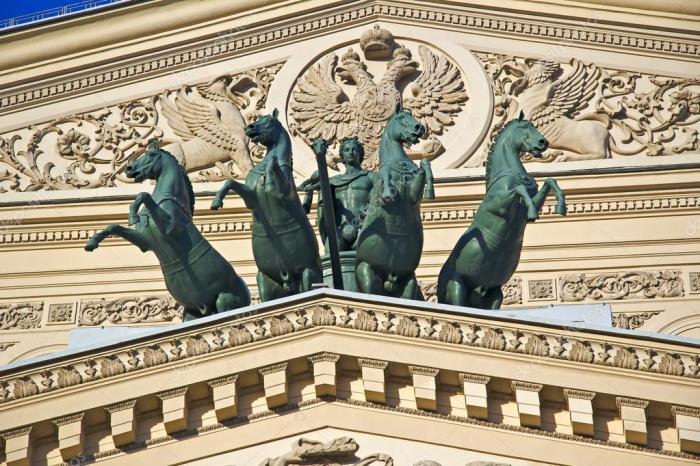 Квадрига Аполлона на Большом театре после реставрации. / Фото: www.depositphotos.com