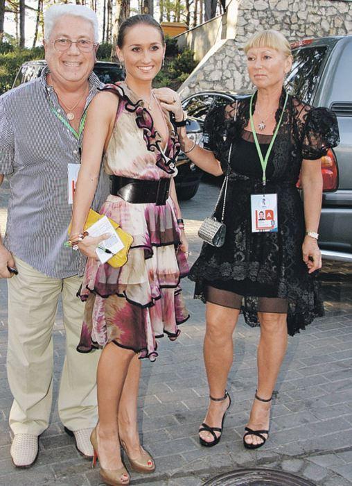 Владимир Натанович с женой и дочерью. / Фото: www.kp.md