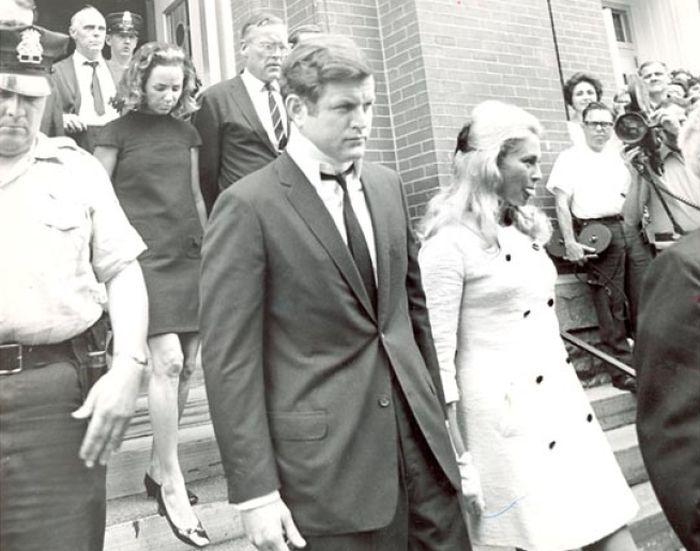 Эдвард Кеннеди и Мэри Джо Копечне. / Фото: www.citizensvoice.com