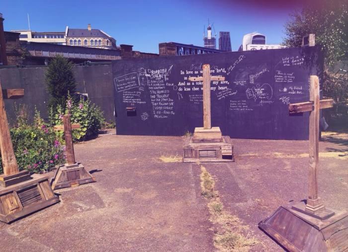 The Cross Bones Graveyard. / Фото: www.facebook.com