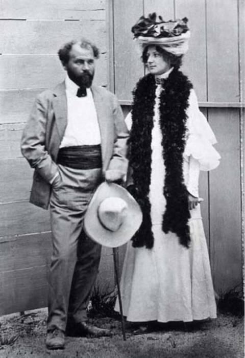 Густав Климт и Эмилия Флёге. / Фото: www.blog.i.ua