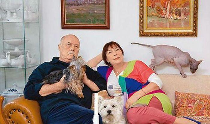 Станислав и Галина Говорухины с любимыми животными. / Фото: www.otklick.com.ua