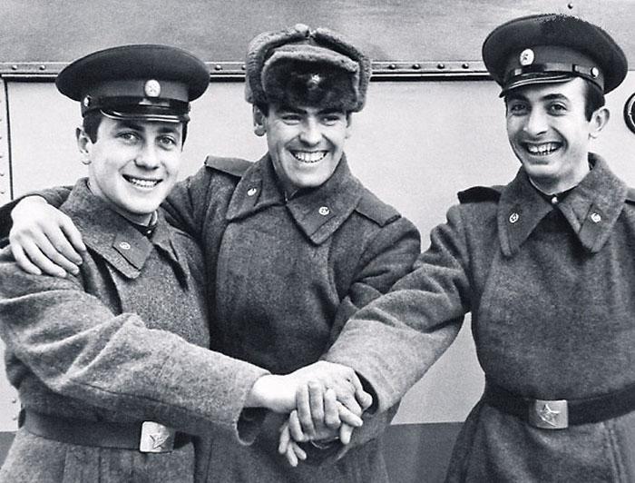 Владимир Винокур во время службы в армии. / Фото: семейный архив