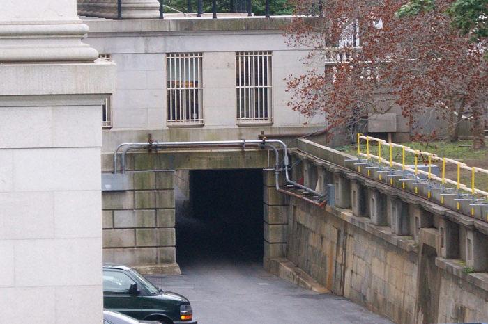 Вход в первое президентское бомбоубежище в Вашингтоне. / Фото: www.atlasobscura.com