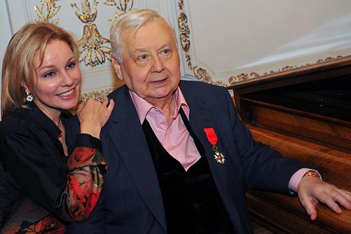 Марина Зудина и Олег Табаков. / Фото: www.kpcdn.net