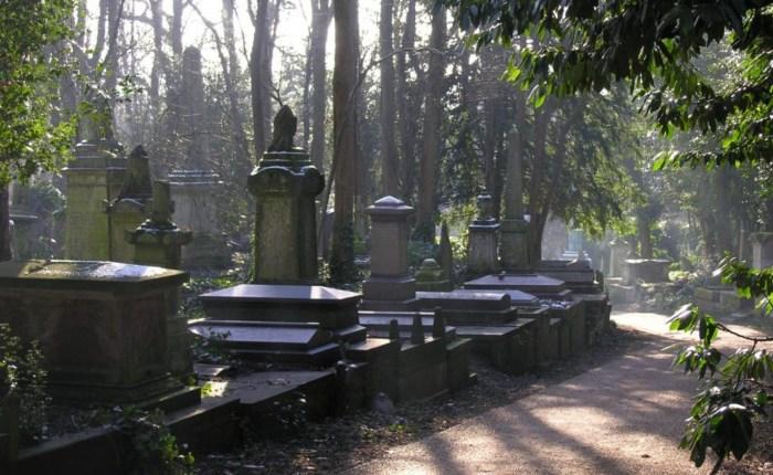 Кладбище Хайгейт. / Фото: www.churchbuilding.co.uk