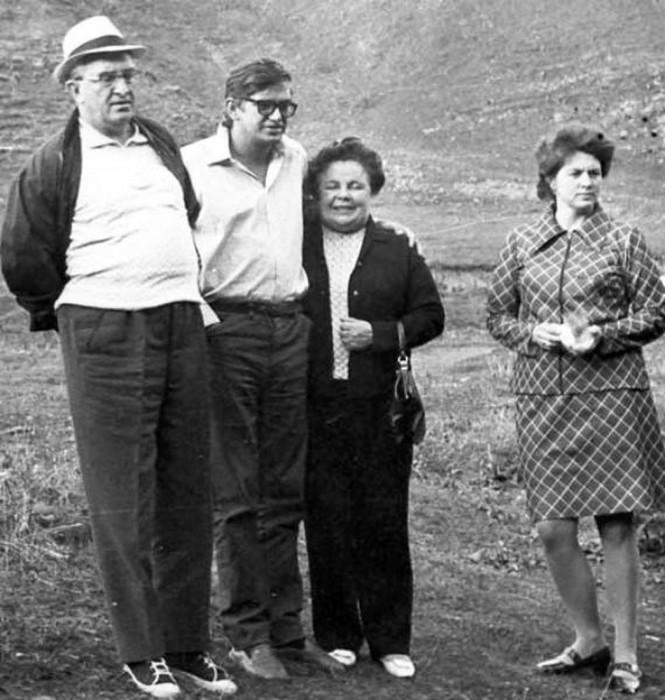 Юрий Андропов, сын Игорь, Татьяна Лебедева, дочь Ирина. / Фото: www.Woman.ru