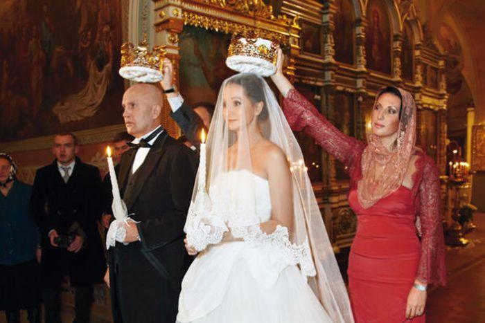 Ольга Кабо и Николай Разгуляев приняли решение обвенчаться. / Фото: www.vokrug.tv