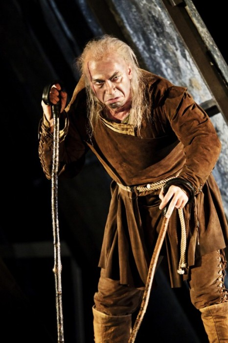 Дмитрий Хворостовский в роли Риголетто, Лондон 11.10.2010. / Фото: Johan Persson
