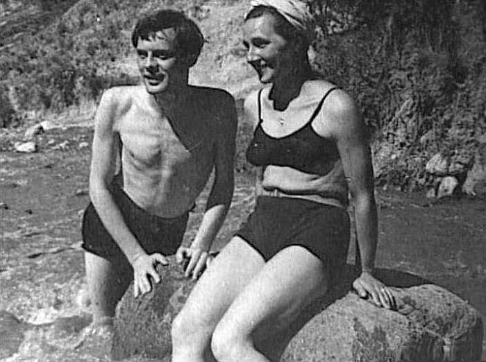 Павел Кадочников и Розалия Котович в юности. / Фото: www.brestregion.com