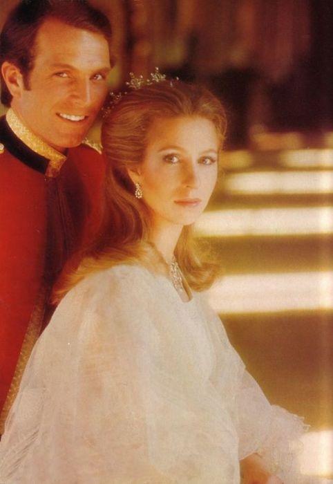 "Принцесса Анна с мужем в журнале ""Vogue"", 1973 год. /Фото: www.timgur.com"