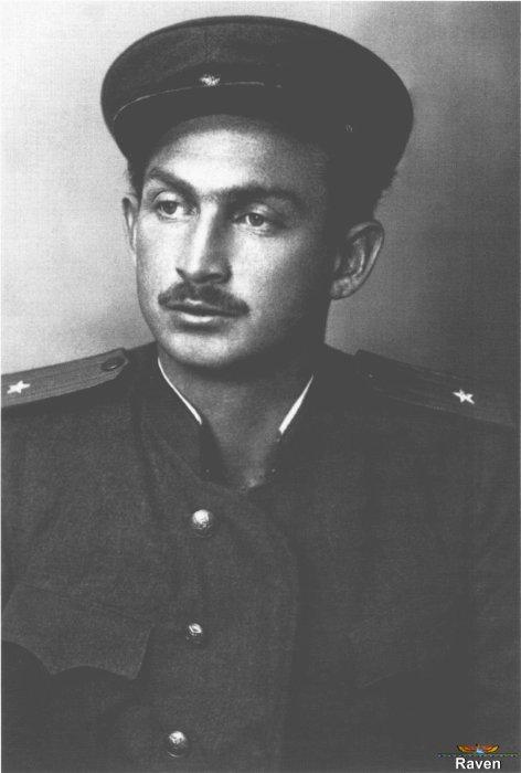 Борис Слуцкий. / Фото: www.rubooks.org