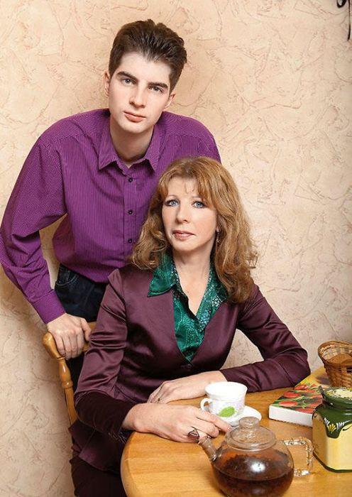 Марина Жжёнова с сыном. / Фото: www.7days.ru