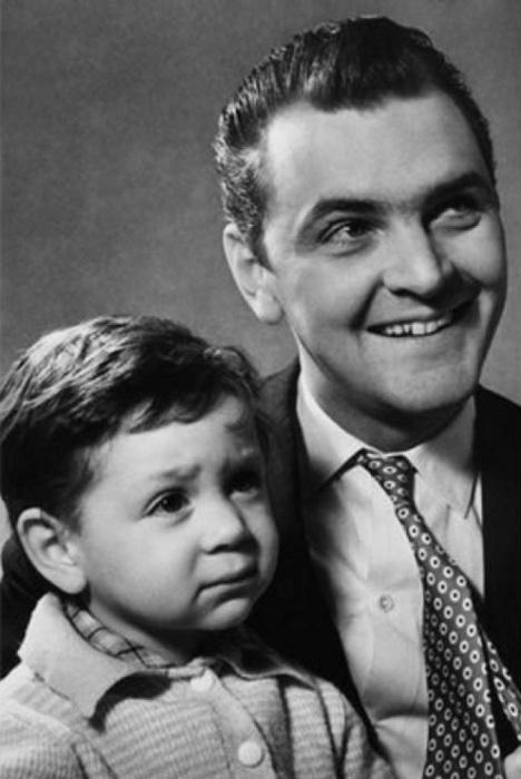 Юрий Яковлев с сыном. / Фото: www.mtdata.ru