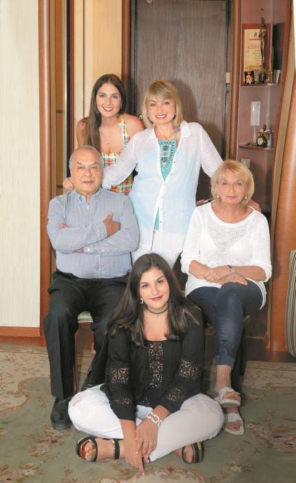 В кругу семьи. / Фото: www.sb.by