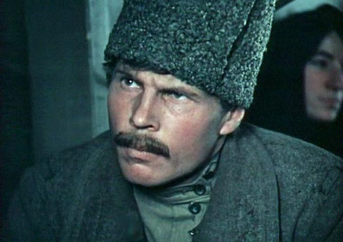 Кадр из фильма «Хождение по мукам». / Фото: www.kino-teatr.ru